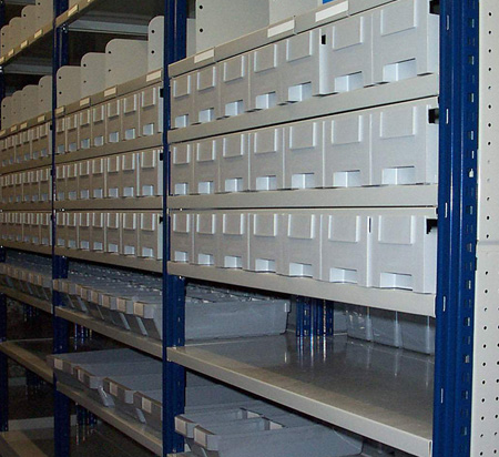 Estanterias metalicas metalkom sistemas almacenaje - Estanterias metalicas sin tornillos ...
