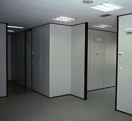 Estanterias metalicas sistemas almacenaje metalkom for Tipos de mamparas