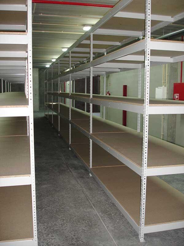 Estanter a de media carga sin tornillos metalkom - Estanterias metalicas sin tornillos ...